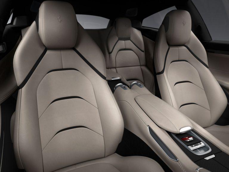 160063-car-Ferrari_GTC4Lusso_interior.jpg