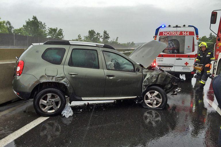 20160620 Verkehrsunfall A2 Südautobahn Leoberdorf-Wöllersdorf