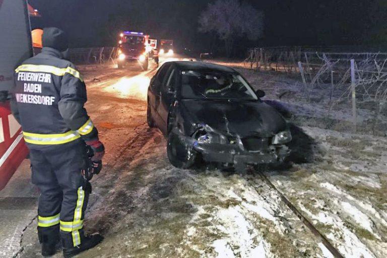 20170131 Verkehrsunfall Weinbergstraße Baden-Sooß NÖ Bezirk B