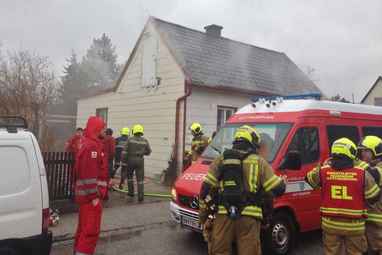 20170206 Brand in Kottinbrunn Foto: Freiwillige Feuerwehr Sch