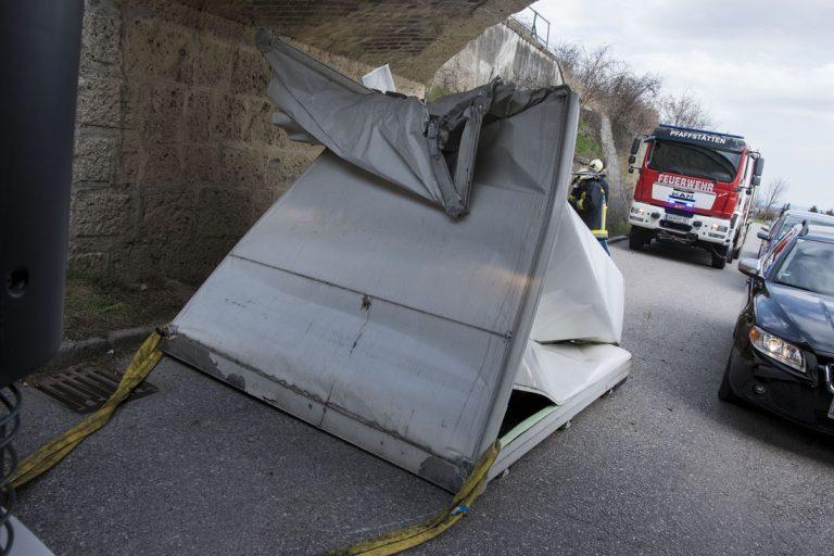 20170321 Verkehrsunfall Pfaffstätten Einödstraße Foto: Stefa