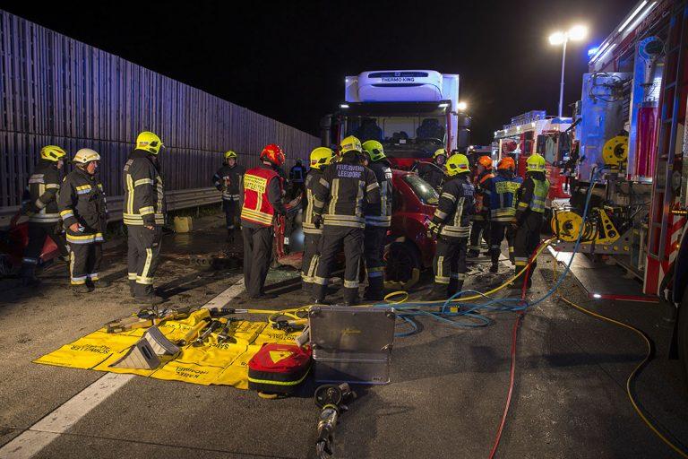 20170509 Tödlicher Verkehrsunfall auf der A2 zwischen Baden und