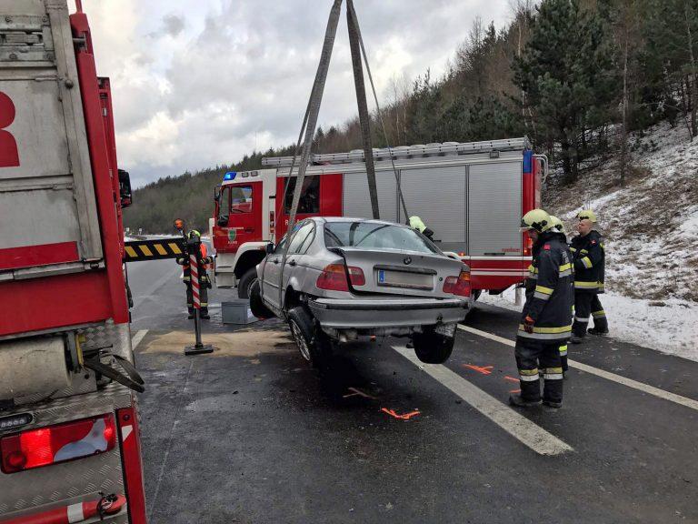20170105 Verkehrsunfall A21 zwischen Mayerling und Heiligenkreuz
