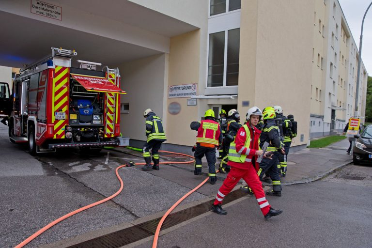 20170917 Wohnungsbrand in Baden Ortsteil Weikersdorf Foto: Ste