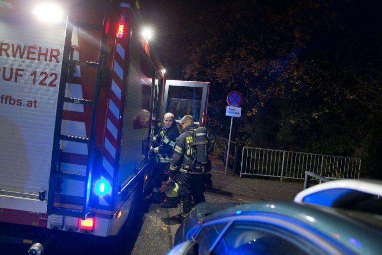 20171104 Explosion in Wohnung einer Wohnhausanalge in Baden  Fot