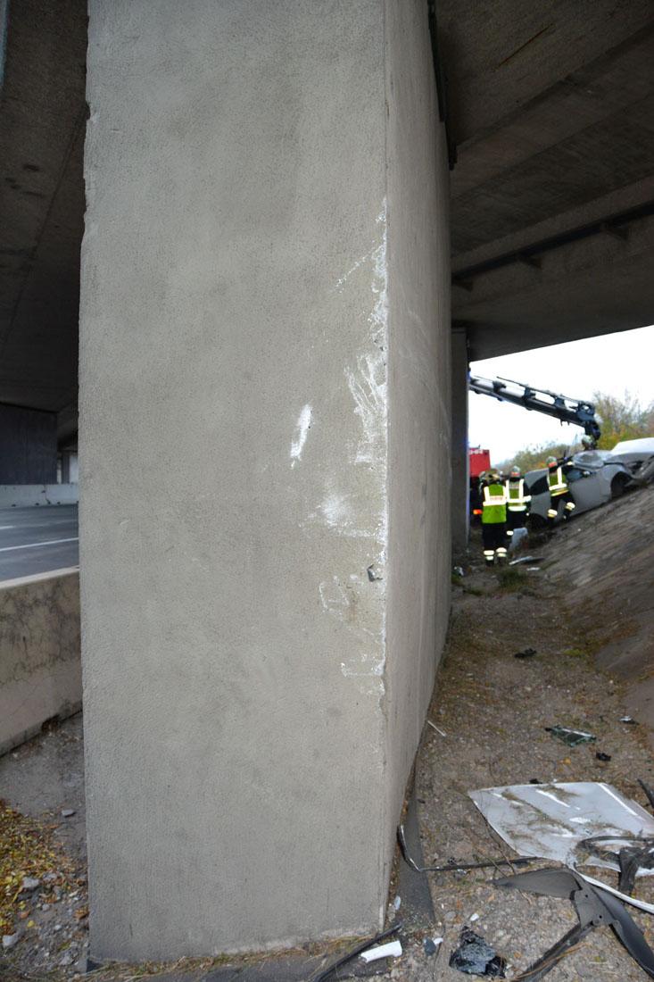 20171119 Verkehrsunfall auf der A2 zwischen Traiskirchen und Bad