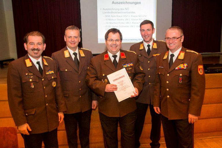 Auszeichnung-Bezirkssachbearbeiter-ÖA-Stefan-Schneider.jpg