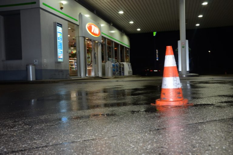 Bis 6 Uhr musste die Tankstelle gesperrt werden