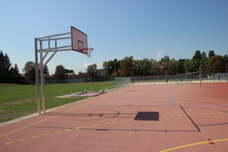 Schulsportanlage_b.jpg