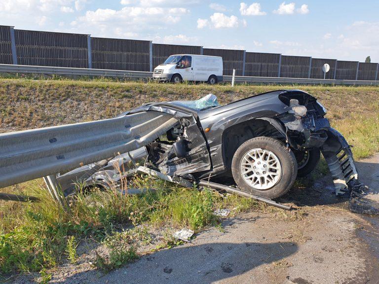 20200807 Verkehrsunfall A2 Höhe Abfahrt Bad Vöslau RFb Süd