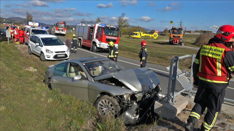 20201105 Verkehrsunfall Auffahrt A2 Kottingbrunn Richtung Wien