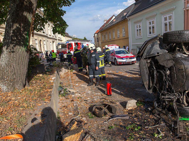 20160903 Verkehrsunfall in Gainfarn NÖ Bezirk Baden Foto: Stef